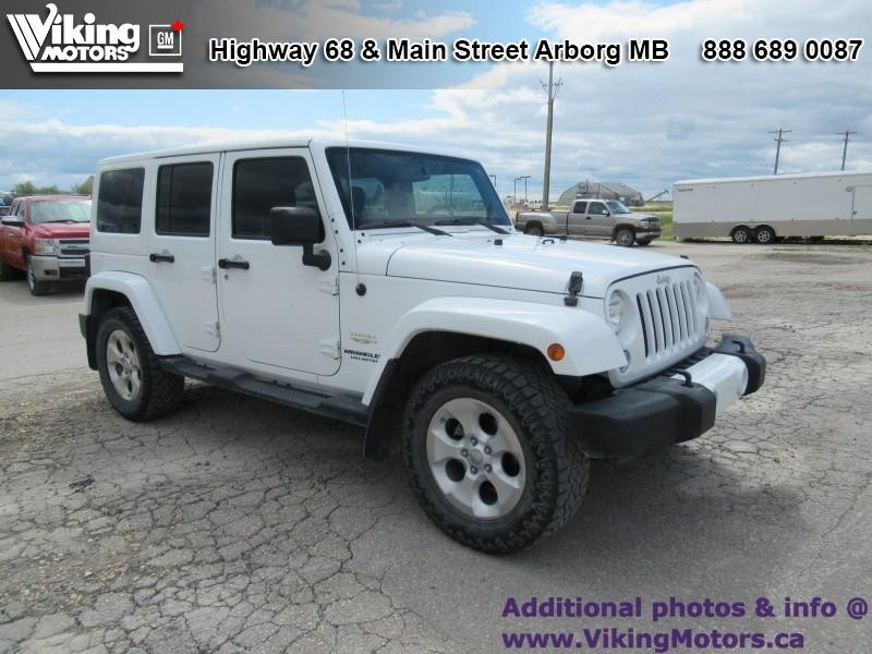 Pre-Owned 2014 Jeep Wrangler Unlimited SAHARA - A/C