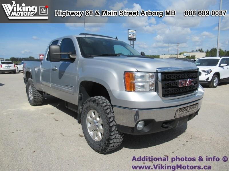 Pre-Owned 2011 GMC Sierra 2500HD SLT - Leather Seats - Bluetooth